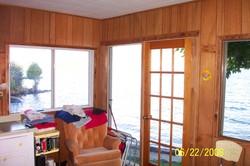 000_0013.jpg Inside beach cabin at East of the Sun